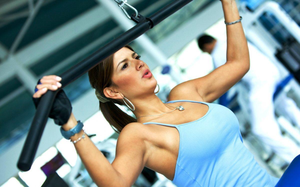 фитнес девушка